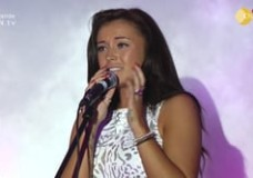 Alana Miles Guest Singer at Reality Star Contest 2012